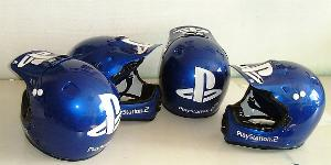 Airbrush helm Airbrush Design auf Helm moutainbike  helm airbrush Playstation 2 logo